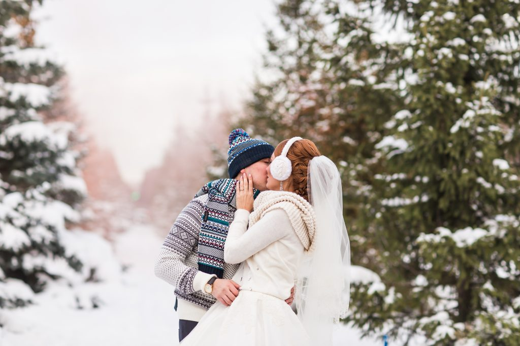 winter wedding 2019 and 2020 trends
